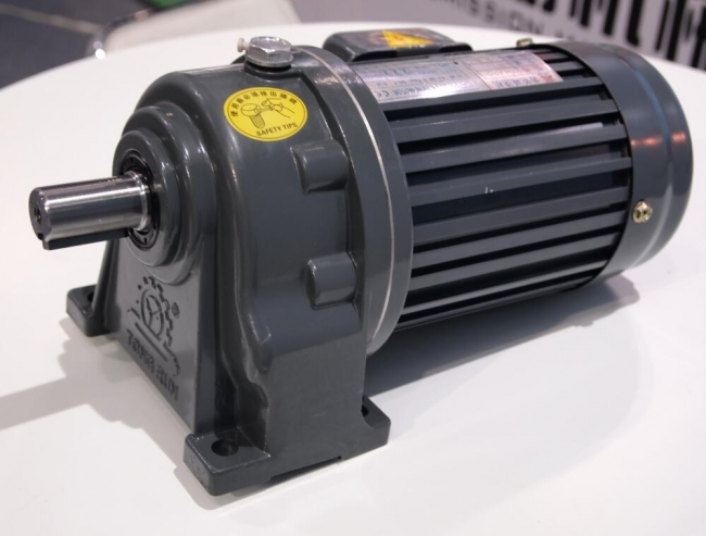 CERAMIC CHINA 2018,Yingyi Transmission exhibtion gearbox and gearmotors
