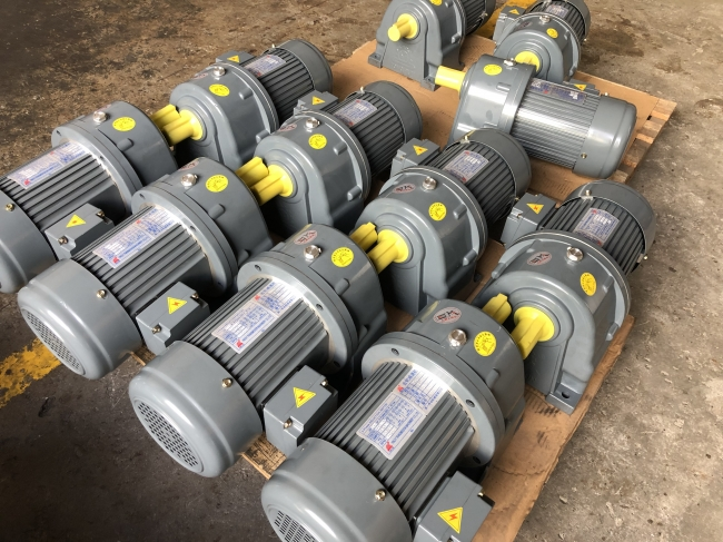 2020 helical geared motor gearbox reducer to thailand market