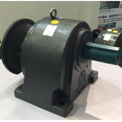 5.5kw,5500w,7.5hp Helical Gear Reducer,Speed Reducer,Motor Reducer