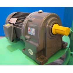 0.75kw,750w,1hp-Helical Gear Motor