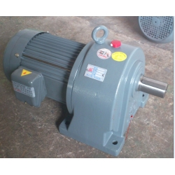 Cast iron helical gear motor reducer